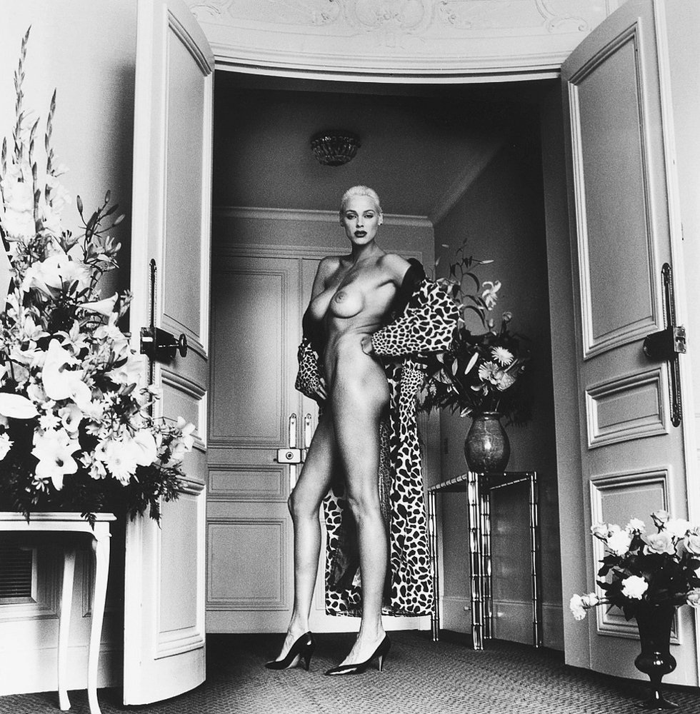 The-Forest-Magazine_Helmut-Newton_0075