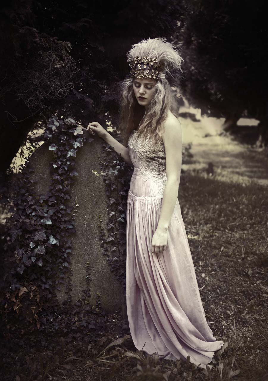 The-Forest-Magazine_Caitlin-Bellah_0007