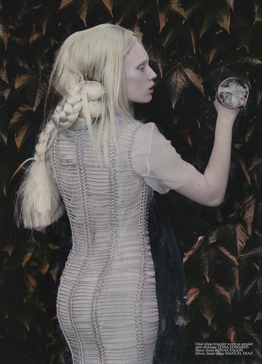 The-Forest-Magazine_Katie-Eleanor_00171