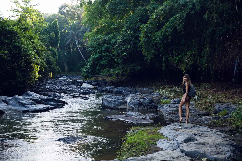 The-Forest-Magazine_Amberly_Valentine_Madeline_Joy_Relph_0012