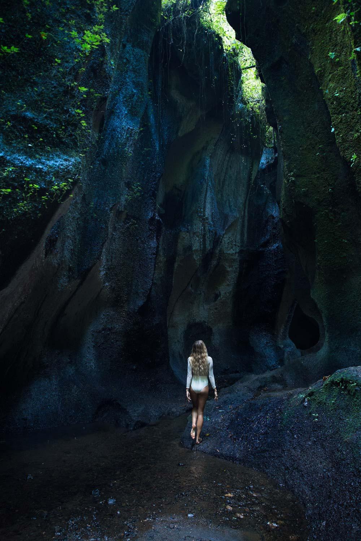 The-Forest-Magazine_Amberly_Valentine_Madeline_Joy_Relph_0018