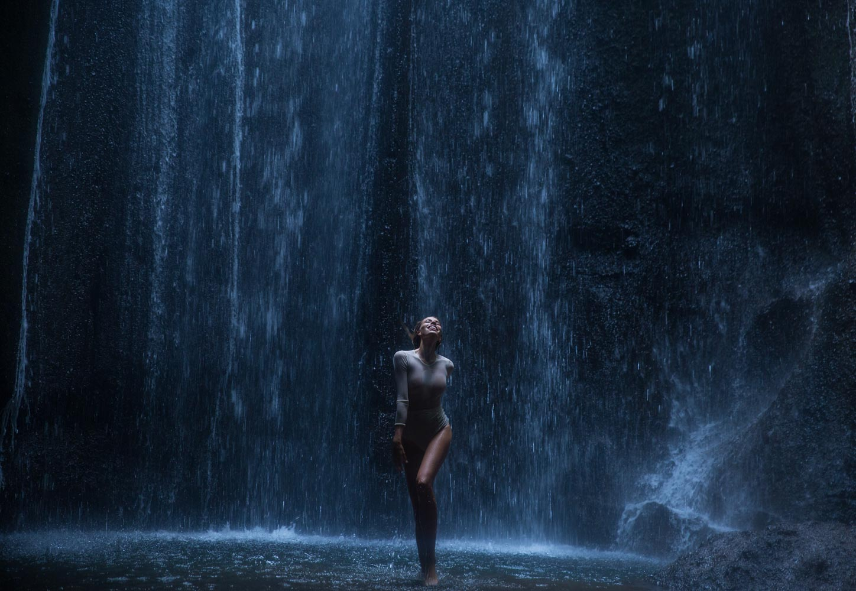 The-Forest-Magazine_Amberly_Valentine_Madeline_Joy_Relph_0031