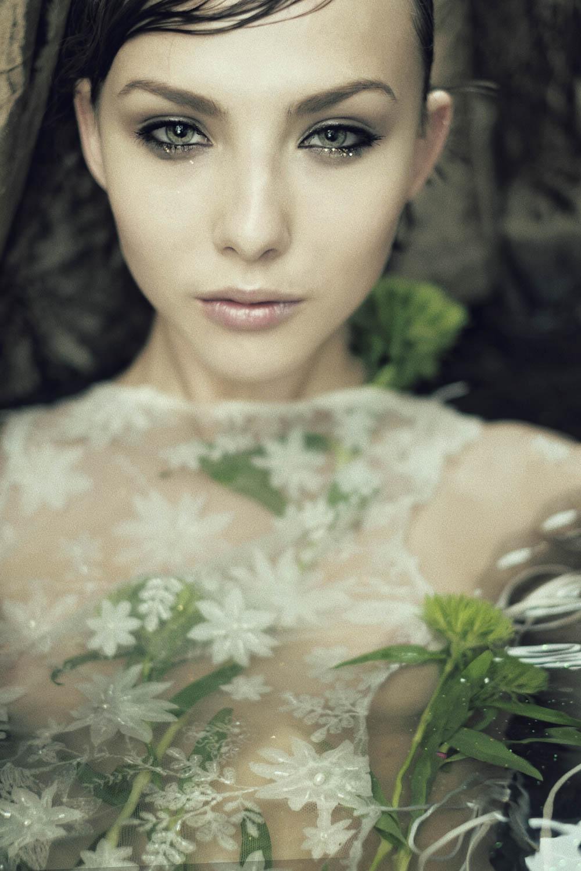the_forest_magazine_laurie-lou_anna-yanchenko_camille-dievart_0004