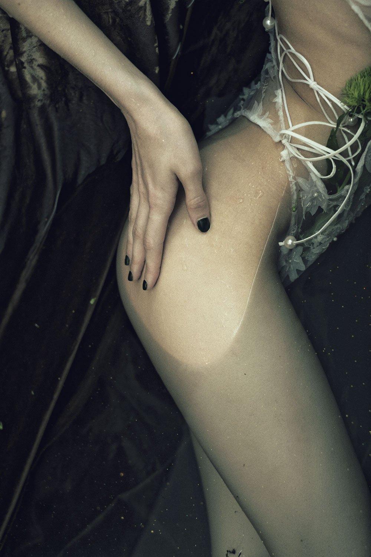 the_forest_magazine_laurie-lou_anna-yanchenko_camille-dievart_0010